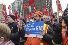 Canadian workers rally to save Oshawa GM plant
